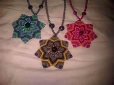 collares tejidos artesanales en macrame flor mandala bs