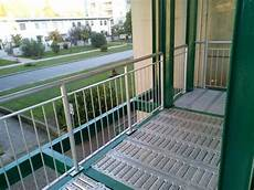 terrazzi con ringhiera ringhiere per terrazzi in ferro con ringhiere e parapetti