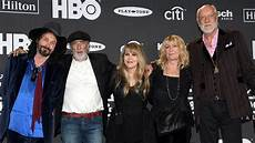 Fleetwood Mac Uk Charts Viral Tiktok Video Boosts Fleetwood Mac S 1977 Song