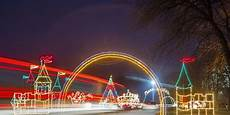 Christmas Light Displays In Des Moines Iowa Des Moines Christmas Events Agent Clean Exterior Cleaning