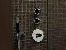rubinetti zucchetti miscelatore per doccia termostatico savoir miscelatore