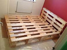 How To Make A Pallet Bed Frame With Lights Beautiful Diy Pallet Bed 99 Pallets