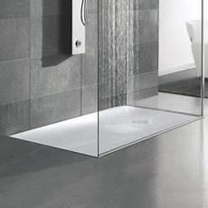 piatti doccia su misura in corian piatti doccia in resina creativita estetica e