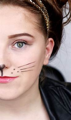 simple mouse costume makeup hair leather