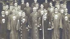 13 illuminati families 13 illuminati bloodlines that the world your