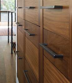 rail cabinet pull 6 5 8 quot ck260 rocky mountain hardware