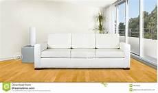 sof 225 blanco en sala de estar foto de archivo imagen 8833920