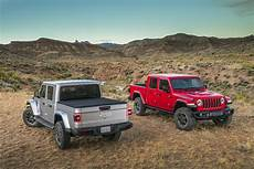 New Jeep Truck 2020 by 2020 Jeep Gladiator Arrives Here Are The Official