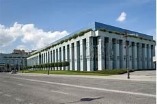 corte suprema europea costruzione della corte suprema a varsavia fotografia