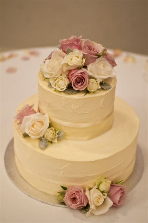 BCG37 Round 2 tier small wedding cake iced in a soft
