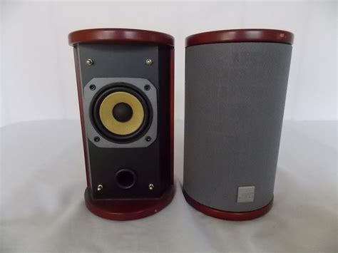 1000 ideas about bookshelf speakers on