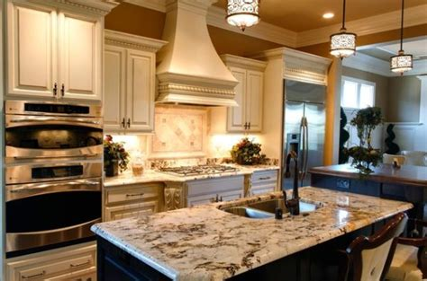 Best Pendant Lights For Kitchen Island Pendant Lights That Blend In With The Pattern Of The Kitchen Island Top