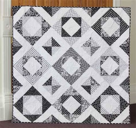 Free Black And White Quilt Patterns by Evening Blooms Quilt Free Quilt Pattern