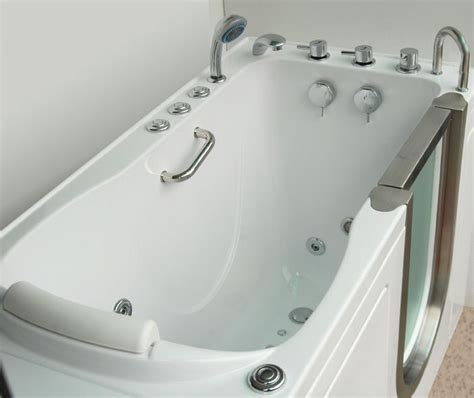 handicap walk in bathtubs bathtubs idea glamorous handicap tubs pros and cons of