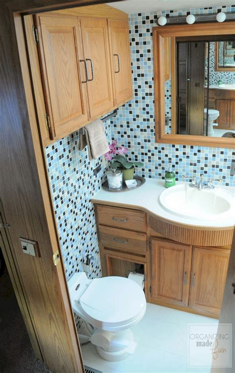 Rv With Bathroom by Rvs Cers With Awesome Bathroom Decoor