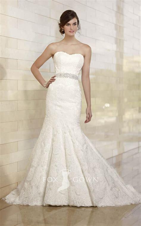 trumpet strapless wedding dress with off shoulder