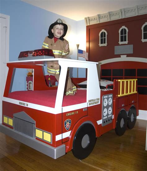 firetruck bedding fire truck twin size bed woodworking plan