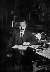Albert Einstein Desk by Photo Albert Einstein S Desk
