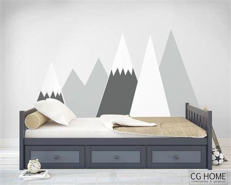 kinderzimmer berge deko berge mountain wandsticker wandtattoo kopfbrett