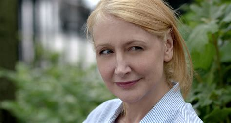 patricia clarkson death patricia clarkson in the driver s seat in new dramedy