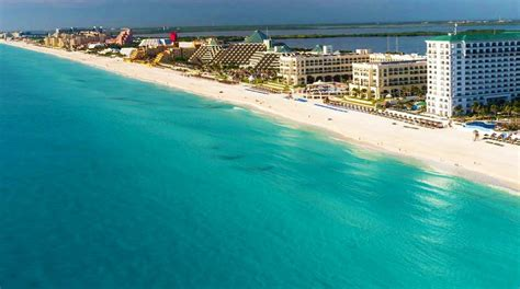 sun country airlines  expanding  cancun flights