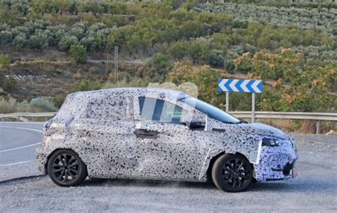 Renault Zoe 2020 2 by 2019 Renault Zoe 2 Page 2
