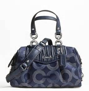 Free Purse Giveaway - coach purse giveaway debt free spending