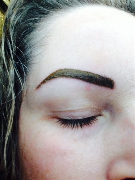 eyebrow tattoo scabbing 6 days after eyebrow scabbed green and big