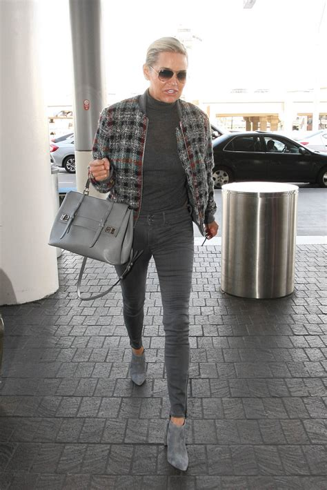 what kind of jeans does yolanda foster where more pics of yolanda foster skinny jeans 1 of 10