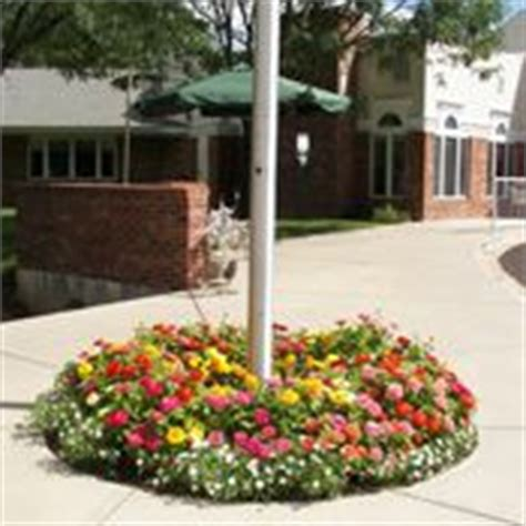 Flagpole Landscaping Ideas Flagpole Landscape Ideas On Pinterest Flag Poles Flower Beds And Garden Design Pictures