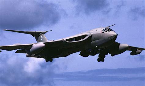 victor volanti handley page victor aircraft handley page victor
