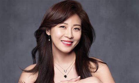 Ha Ji Won Shines Brighter Than Diamonds For Stylus