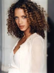 Curly hairstyles image gallery