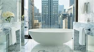 hotel suites in chicago with 2 bedrooms the world s most amazing skylines from hotel bath tubs