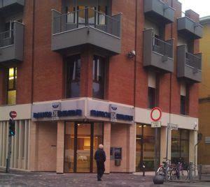 banca valmarecchia rimini e fusione fra banca di rimini e bcc valmarecchia news