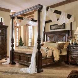 Wood Canopy Bed With Drapes 25 Best Ideas About Four Poster Beds On 4