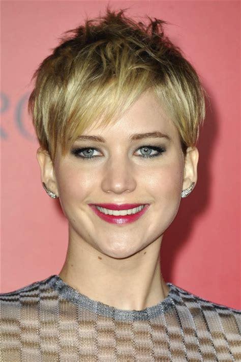 cortes de pelo corto para caras redondas los mejores cortes y peinados para cara redonda