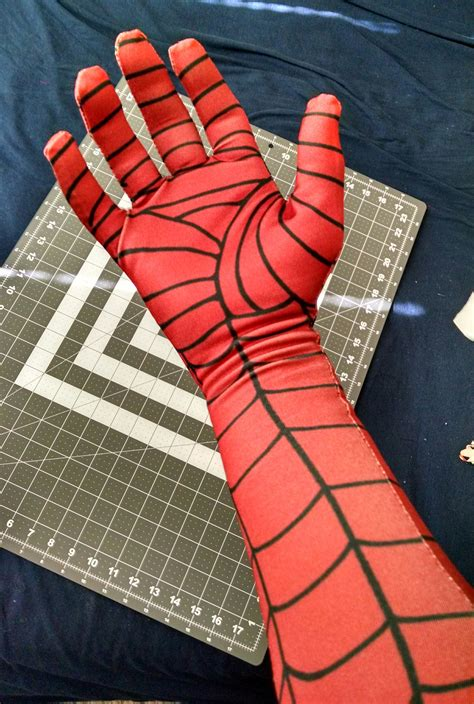 spiderman glove pattern finally an easy to sew glove pattern design that i like