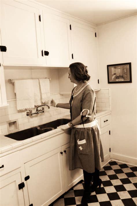 1920s Kitchen by Guest Post Debbie Of Vintage Dancer On 1920s