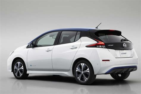 nissan leaf back the all new zero emission 2018 nissan leaf revealed autobics
