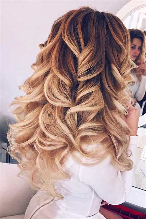 Hairstyles For Hair For Homecoming by Best 25 Homecoming Hair Ideas On Formal Hair