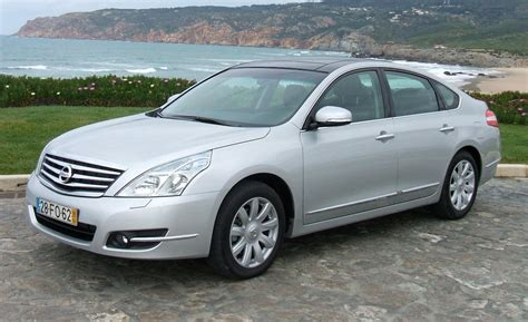 nissan teana 2009 car and driver