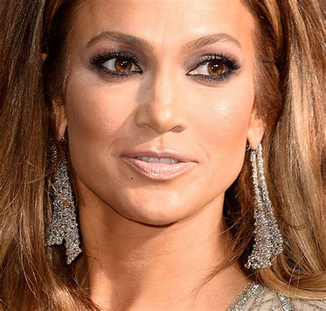 2014 what color lipstick does jennifer lopez wear on american idol get the look jennifer lopez 2015 golden globes makeup