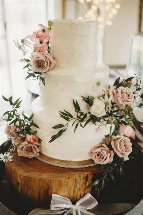 chic rustic wedding cake  dusty rose flowers