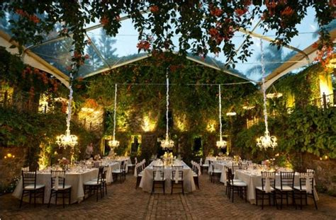 unique wedding venues in new unique wedding venues don t limit yourself to the ordinary bindiweddings