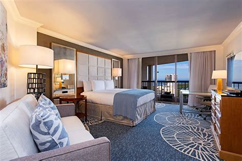 rooms to go in naples naples grande resort 2017 room prices deals reviews expedia