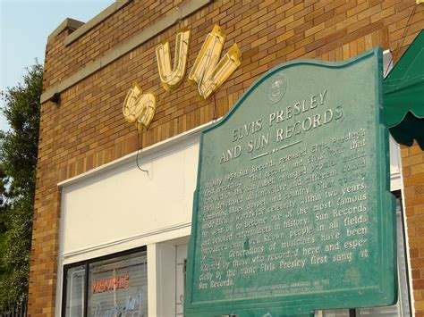 Usa Records File Facade Of Sun Records Studio With Elvis Plaque Tennessee