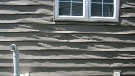 how to fix siding on a house learn how to repair vinyl siding