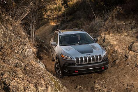 jeep grand cherokee trailhawk 2014 2014 jeep cherokee around the block automobile magazine