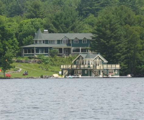 Goldie Hawn Muskoka Cottage by Who Summer In Muskoka Jayne S Cottages
